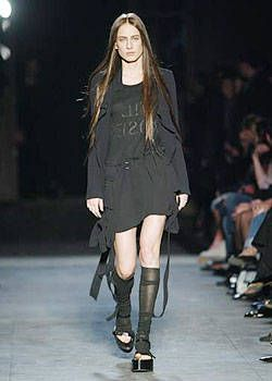 Ann Demeulemeester Spring 2004 Ready-to-Wear Collections 0001