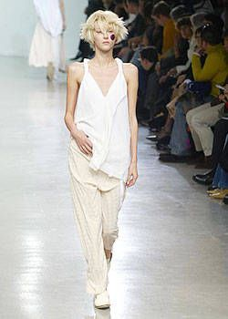 Y's Spring 2004 Ready-to-Wear Collections 0002