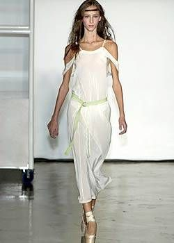 Tim Van Steenbergen Spring 2004 Ready-to-Wear Collections 0001