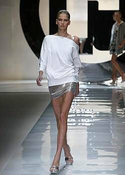 Paco Rabanne Spring 2004 Ready-to-Wear Collections 0001