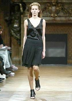 Veronique Branquinho Spring 2004 Ready-to-Wear Collections 0001