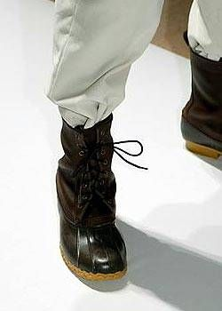 Perry Ellis Fall 2004 Ready-to-Wear Detail 0001