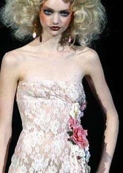 Valentino Spring 2004 Haute Couture Detail 0001