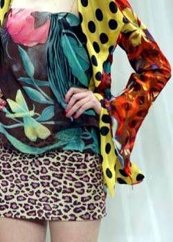Emanuel Ungaro Spring 2004 Haute Couture Detail 0001