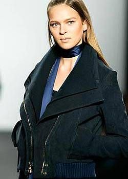 Kenneth Cole Fall 2004 Ready-to-Wear Detail 0001