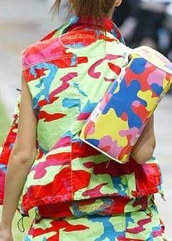 JeanCharles de Castelbajac Spring 2004 Ready-to-Wear Detail 0003