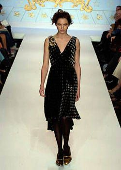 Nanette Lepore Fall 2004 Ready&#45&#x3B;to&#45&#x3B;Wear Collections 0001