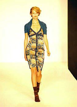 Nicole Miller Fall 2004 Ready-to-Wear Collections 0001