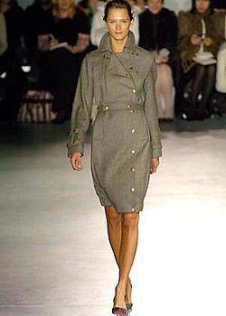 Roland Mouret Fall 2004 Ready-to-Wear Collections 0001