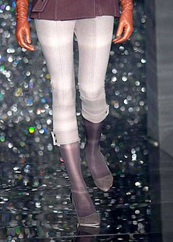 Custo Barcelona Fall 2004 Ready-to-Wear Detail 0001