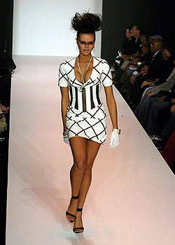 Fusha Fall 2004 Ready-to-Wear Collections 0002