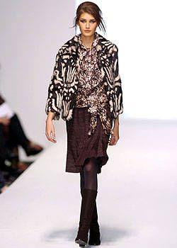 Alberta Ferretti Fall 2004 Ready-to-Wear Collections 0003