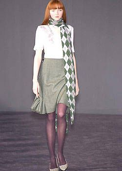Pringle Fall 2004 Ready-to-Wear Collections 0001