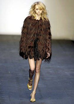 Anna Molinari Fall 2004 Ready-to-Wear Collections 0001