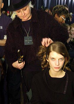 Marc Jacobs Fall 2004 Ready-to-Wear Backstage 0001