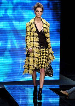 Versace Fall 2004 Ready-to-Wear Collections 0001