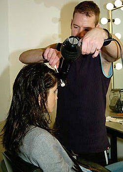 Calvin Klein Fall 2004 Ready-to-Wear Backstage 0001
