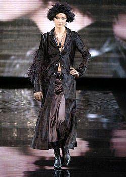 Giorgio Armani Fall 2004 Ready&#45&#x3B;to&#45&#x3B;Wear Collections 0001