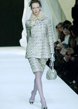 Moschino Fall 2004 Ready-to-Wear Collections 0001
