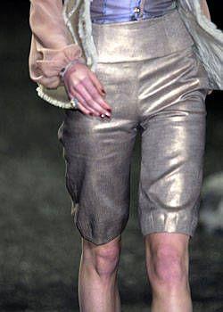 Zac Posen Fall 2004 Ready-to-Wear Detail 0001
