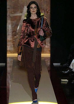 Gianfranco Ferre Fall 2004 Ready-to-Wear Collections 0001