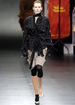 Vivienne Westwood Fall 2004 Ready-to-Wear Collections 0003