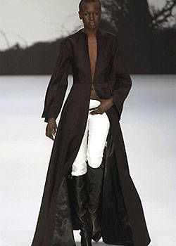 Jasper Conran Fall 2004 Ready-to-Wear Collections 0001