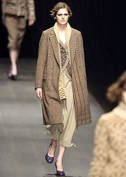 Dries Van Noten Fall 2004 Ready-to-Wear Collections 0002
