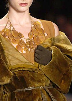 Donna Karan Fall 2004 Ready-to-Wear Detail 0001