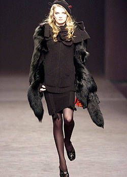 Sonia Rykiel Fall 2004 Ready-to-Wear Collections 0001