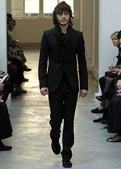 Balenciaga Fall 2004 Ready-to-Wear Collections 0001
