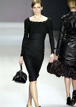 Givenchy Fall 2004 Ready-to-Wear Collections 0002