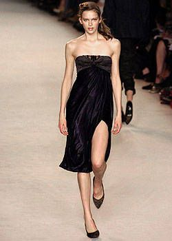 Nina Ricci Fall 2004 Ready-to-Wear Collections 0002