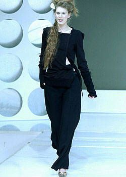Tim Van Steenbergen Fall 2004 Ready-to-Wear Collections 0002