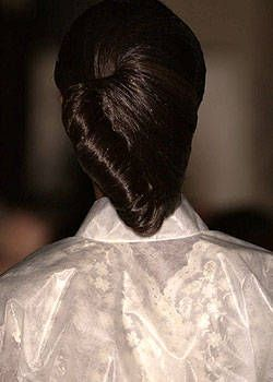 Franck Sorbier Fall 2004 Haute Couture Detail 0001
