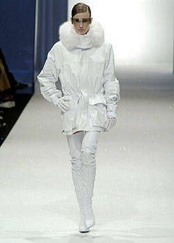 Lagerfeld Gallery Fall 2004 Ready-to-Wear Collections 0001