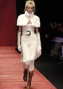 Laura Biagiotti Fall 2004 Ready-to-Wear Collections 0001