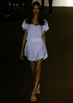 Imitation of Christ Spring 2005 Ready-to-Wear Collections 0001