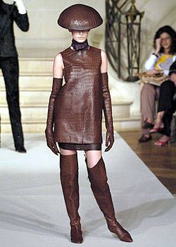 Ralph Rucci Fall 2004 Haute Couture Collections 0001
