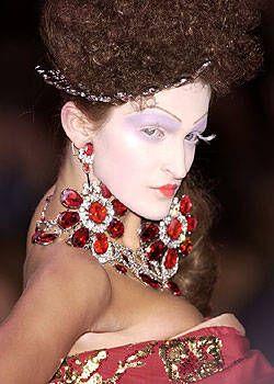 Christian Dior Fall 2004 Haute Couture Detail 0003
