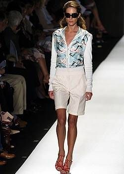 Carolina Herrera Spring 2005 Ready-to-Wear Collections 0002