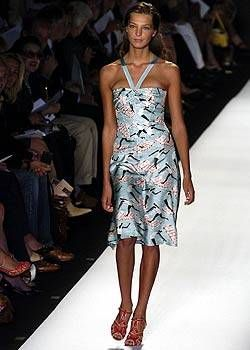 Carolina Herrera Spring 2005 Ready-to-Wear Collections 0001