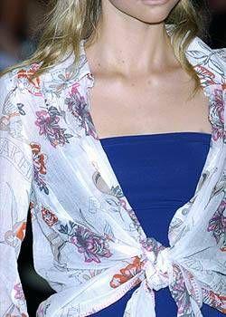 Matthew Williamson Spring 2005 Ready-to-Wear Detail 0001