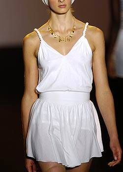 Imitation of Christ Spring 2005 Ready-to-Wear Detail 0002