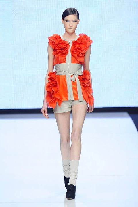 MOI MULTIPLE FALL 2012 RTW PODIUM 001