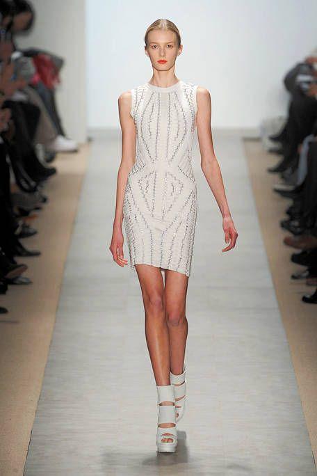 Fashion show, Shoulder, Human leg, Runway, Joint, Fashion model, Dress, Style, Waist, One-piece garment,
