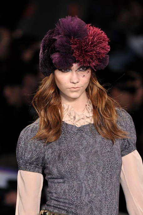 Human, Lip, Hairstyle, Textile, Style, Headgear, Street fashion, Winter, Magenta, Fashion,