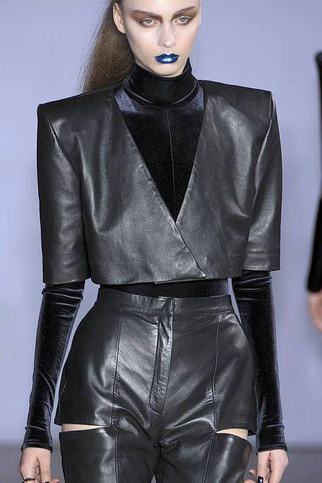 Sleeve, Textile, Joint, Style, Fashion model, Leather, Fashion, Black, Fashion design, Waist,