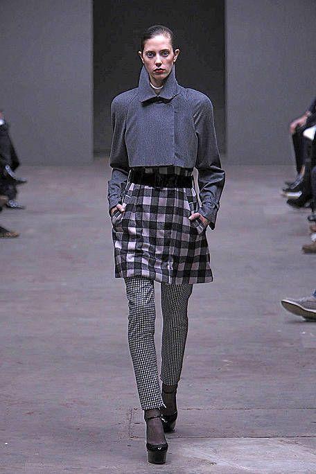 Clothing, Footwear, Leg, Sleeve, Textile, Joint, Collar, Standing, Outerwear, Dress shirt,