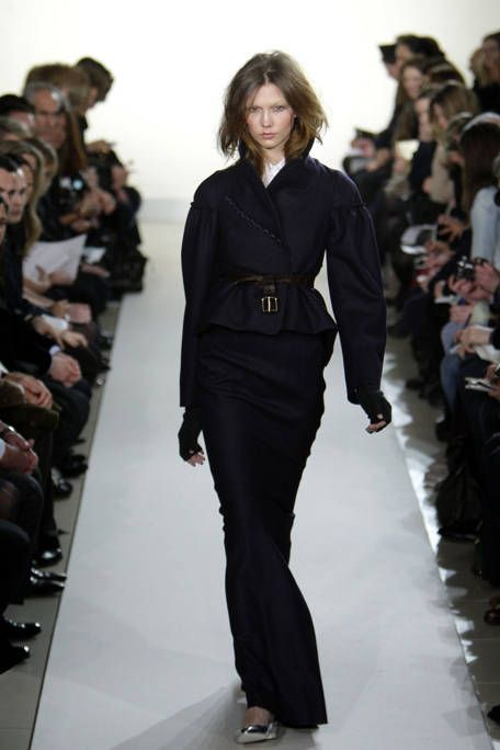Clothing, Fashion show, Shoulder, Runway, Joint, Outerwear, Fashion model, Style, Waist, Fashion,